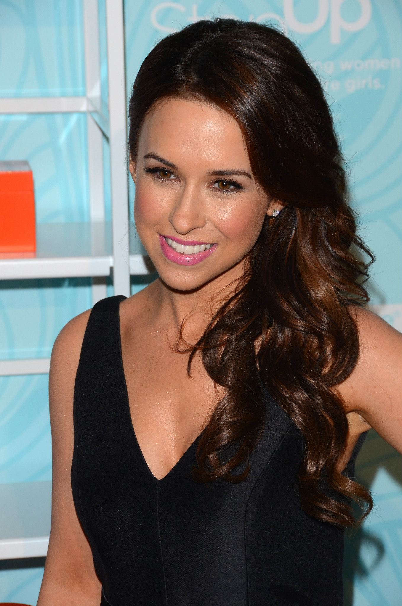 Lacey Chabert at Step Up Inspiring Women to Inspire Girls